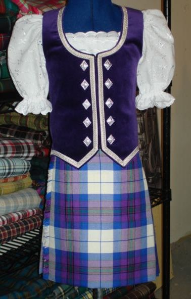 Kilt with purple vest #scotland #purple #tartan