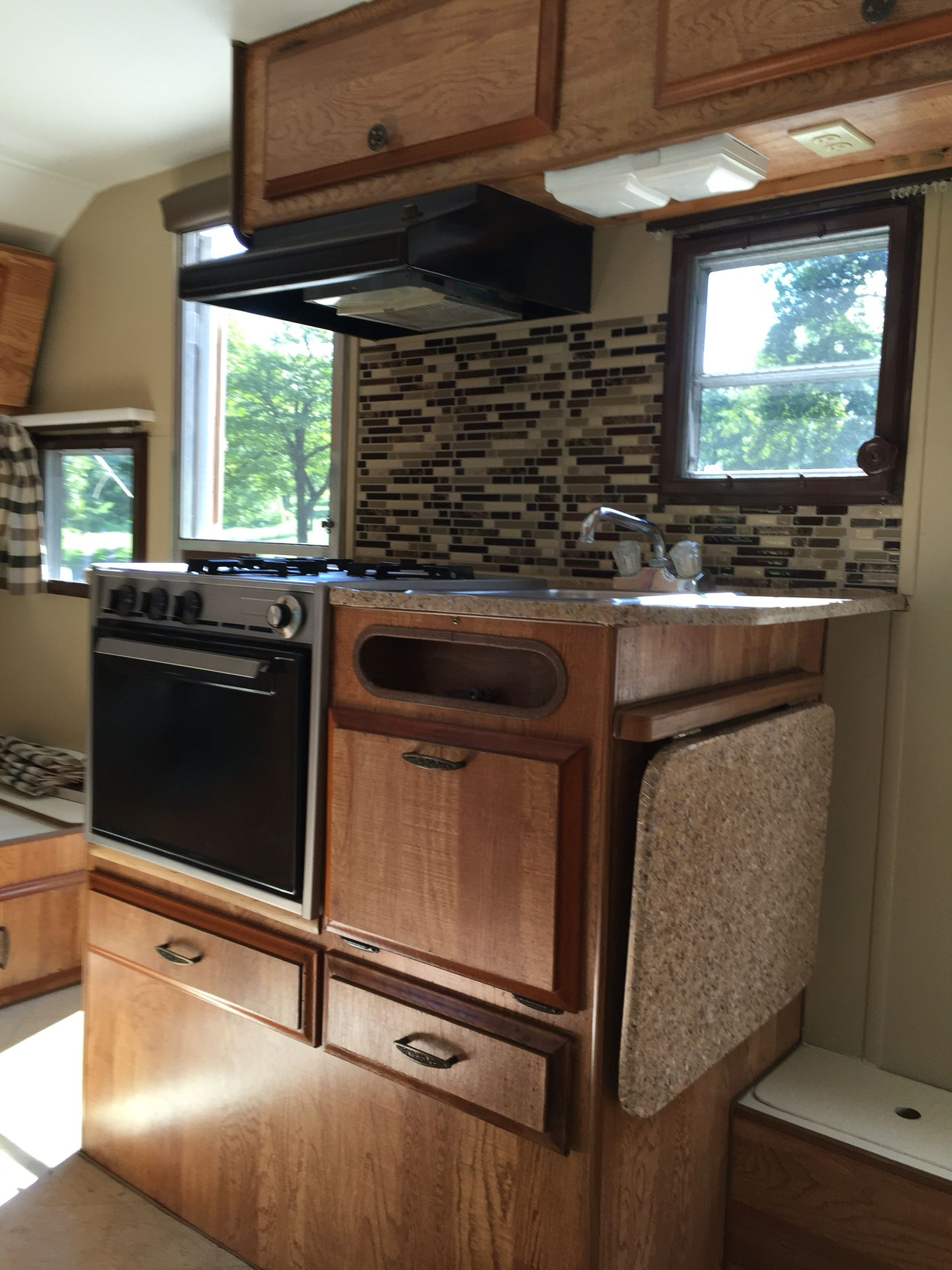 Love The New Look Remodeled Campers Countertops Camper