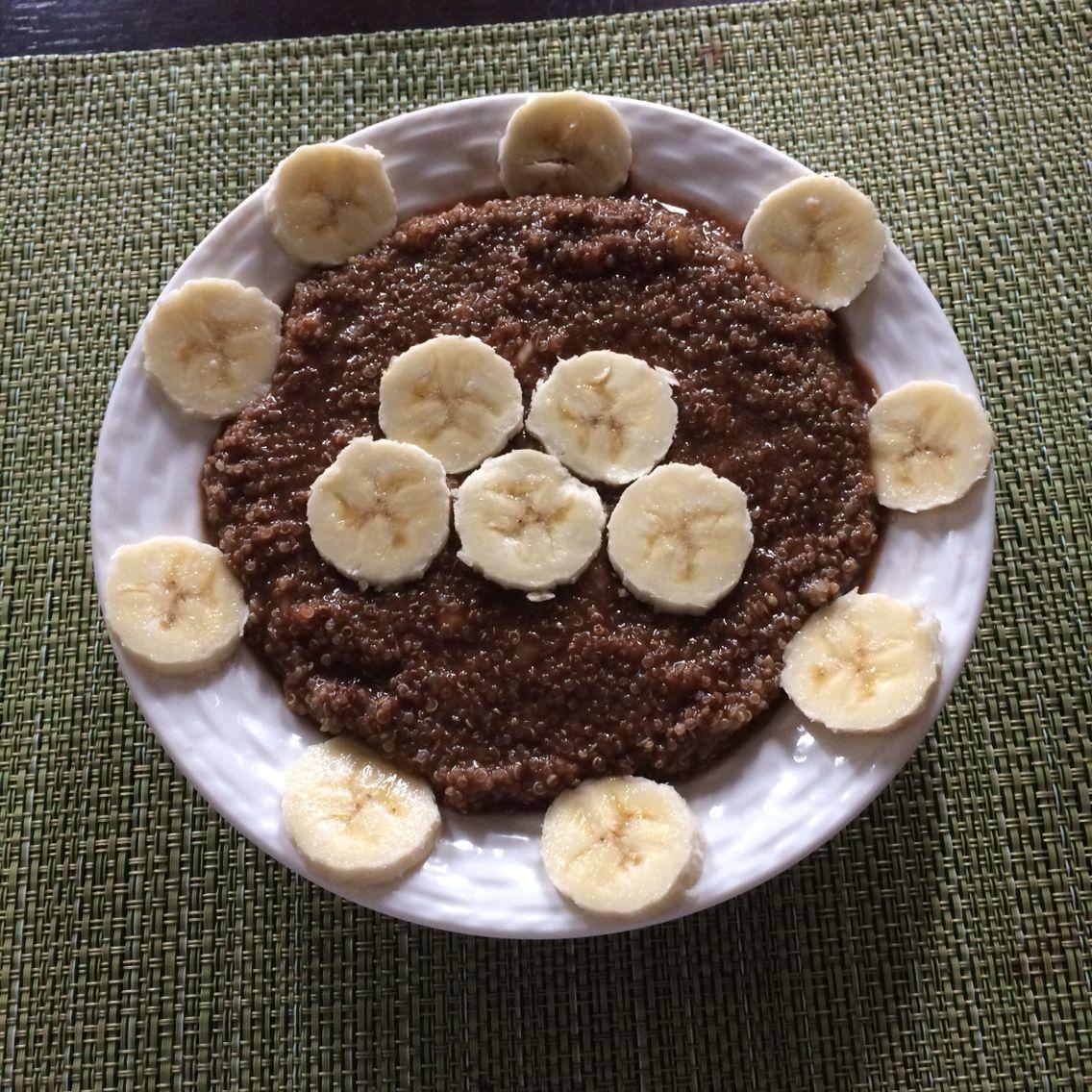 Quinoa chocolate and banana