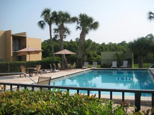 Swanns Cove Apartments 1108 South Bartow Rd Lakeland Fl 33801 Check Us Out Today Apartments For Rent Lakeland Renting A House