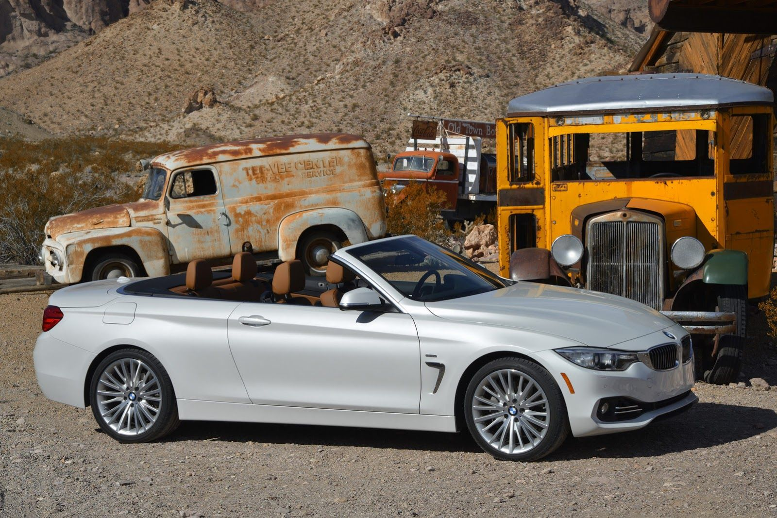 Bmw Drops 206 Fresh Photos Of 4 Series Convertible And M235i Coupe