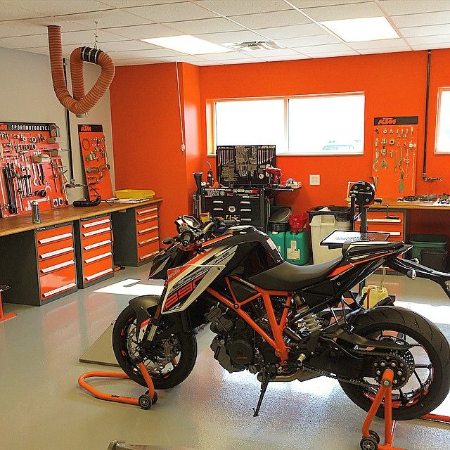 Pro Tips For Planning Your Dream Garage: It Was Work On The Boss-mans Bike Day, Today. #superduke