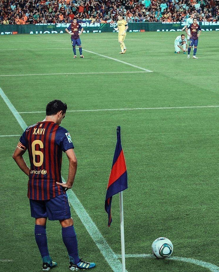 Xavi Hernandez = The Ultimate Midfield Maestro