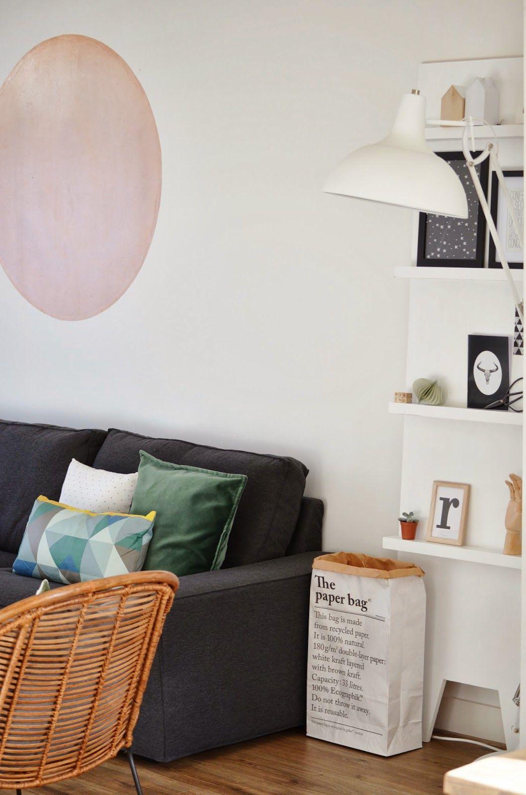 Mooie woonkamer van blogger Milou Nieuwenhuis van de blog Van het kastje naar de muur! #livingroom #pillow