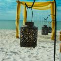 Dazzling decor for a beach wedding