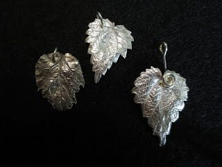 Silver Clay leaves  Hopeasavi lehtiä