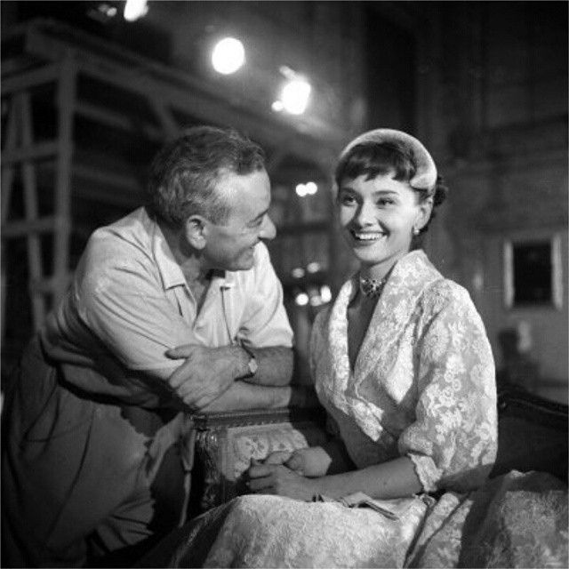 Audrey and William Wyler on the set of Roman Holiday #AudreyHepburn #Hepburn #WilliamWyler #RomanHoliday #williamwyler
