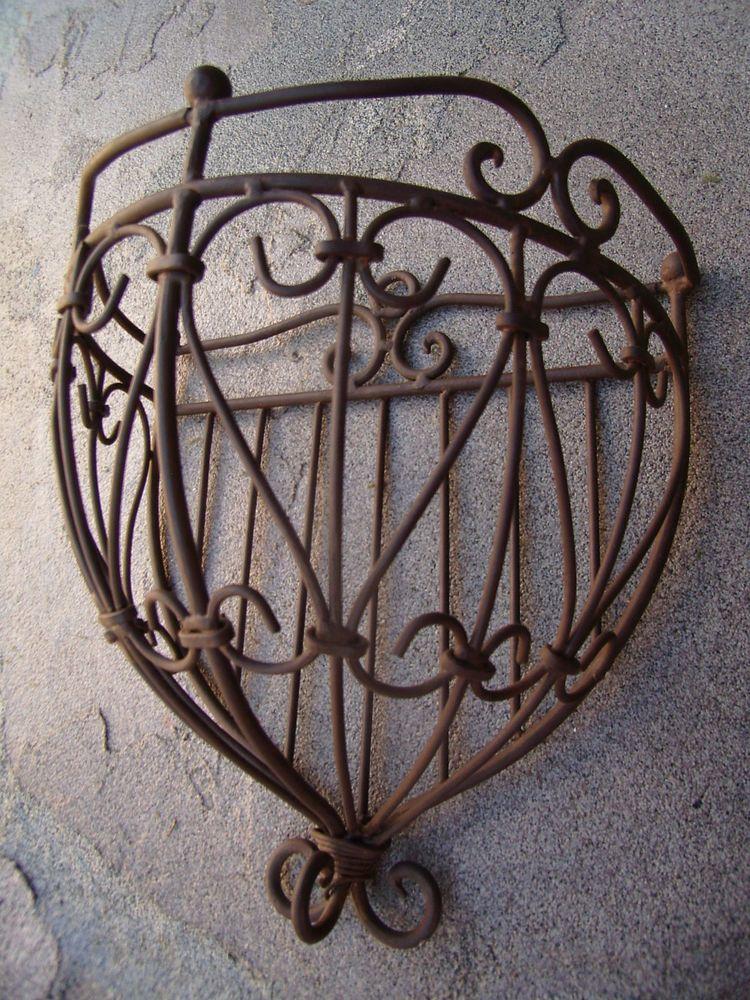 Wrought Iron Scroll Wall Planter Pot Holder Moss Basket