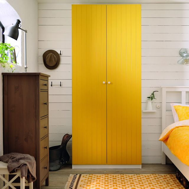 I think it'd be awesome to paint the closet doors the big pop accent color! Brilliant!