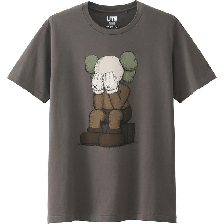 af6487f3e Men KAWS Graphic T-Shirt (Japan Size) in 2019 | Clothing | Uniqlo ...