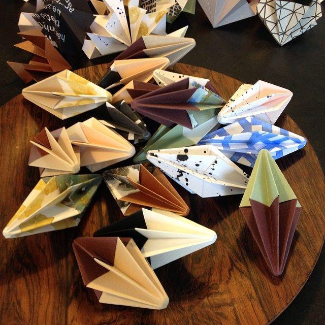 Ja og så er der self. også DIY diamanter  #lopperpåhavnen#diy#diamanter#foldefoldefolde#blivervedhelenatten#håberstadigregnenblivervæk@lopperpaahavnen