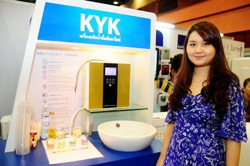 """""""เอชทูโอ"""" ปรับกลยุทธ์ ตลาดเครื่องกรองน้ำร้อนแรง 3.9 พันล้าน - http://www.thaimediapr.com/%e0%b9%80%e0%b8%ad%e0%b8%8a%e0%b8%97%e0%b8%b9%e0%b9%82%e0%b8%ad-%e0%b8%9b%e0%b8%a3%e0%b8%b1%e0%b8%9a%e0%b8%81%e0%b8%a5%e0%b8%a2%e0%b8%b8%e0%b8%97%e0%b8%98%e0%b9%8c-%e0%b8%95%e0%b8%a5/"""