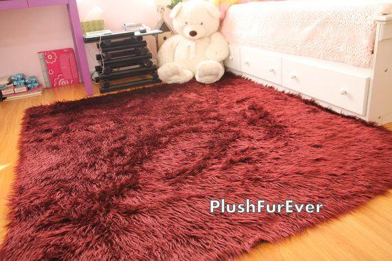5 X 8 Faux Fur Rug Burgundy Mongolian By Plushfurever 189 95 Visit