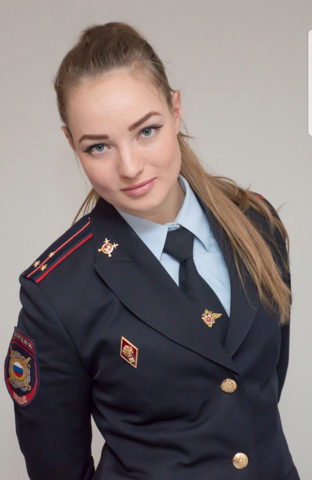 Pin By Hakan Falez On Women In Uniform Military Women Military Girl Female Soldier [ 1661 x 1080 Pixel ]