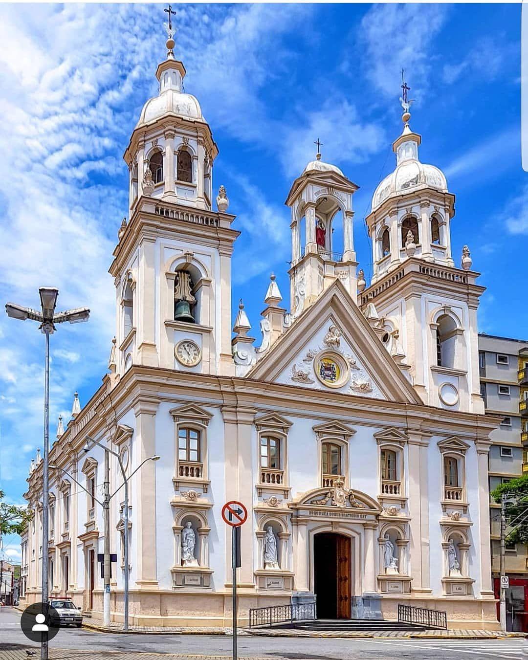 📷 Foto d | Igreja, Arquitetura de igreja, Arquitetura religiosa