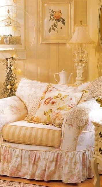 shabby country cottage ... overstuffed chair <3