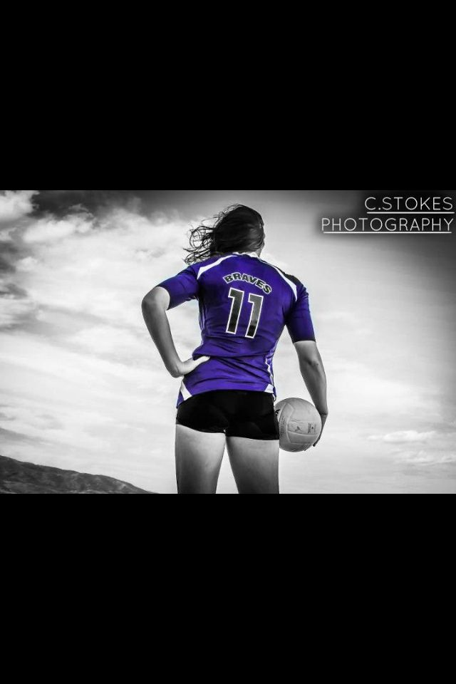 Pin By Jennifer Smith Kelly On Photography Volleyball Senior Pictures Senior Girl Photography Girl Senior Pictures