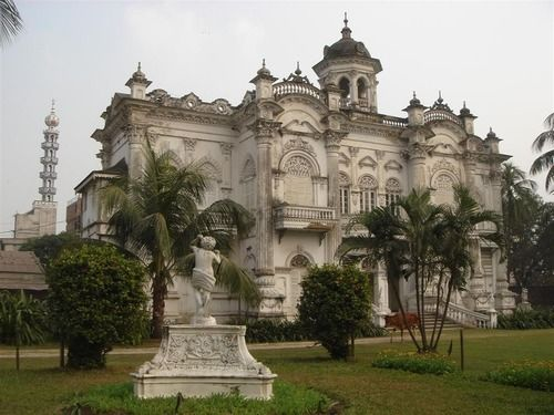 historical places of bangladesh essay Historical tourist places in bangladesh are mahasthangarh, ahsan manzil,  curzon hall, lalbagh fort, gour gobinda fort and many others places in.