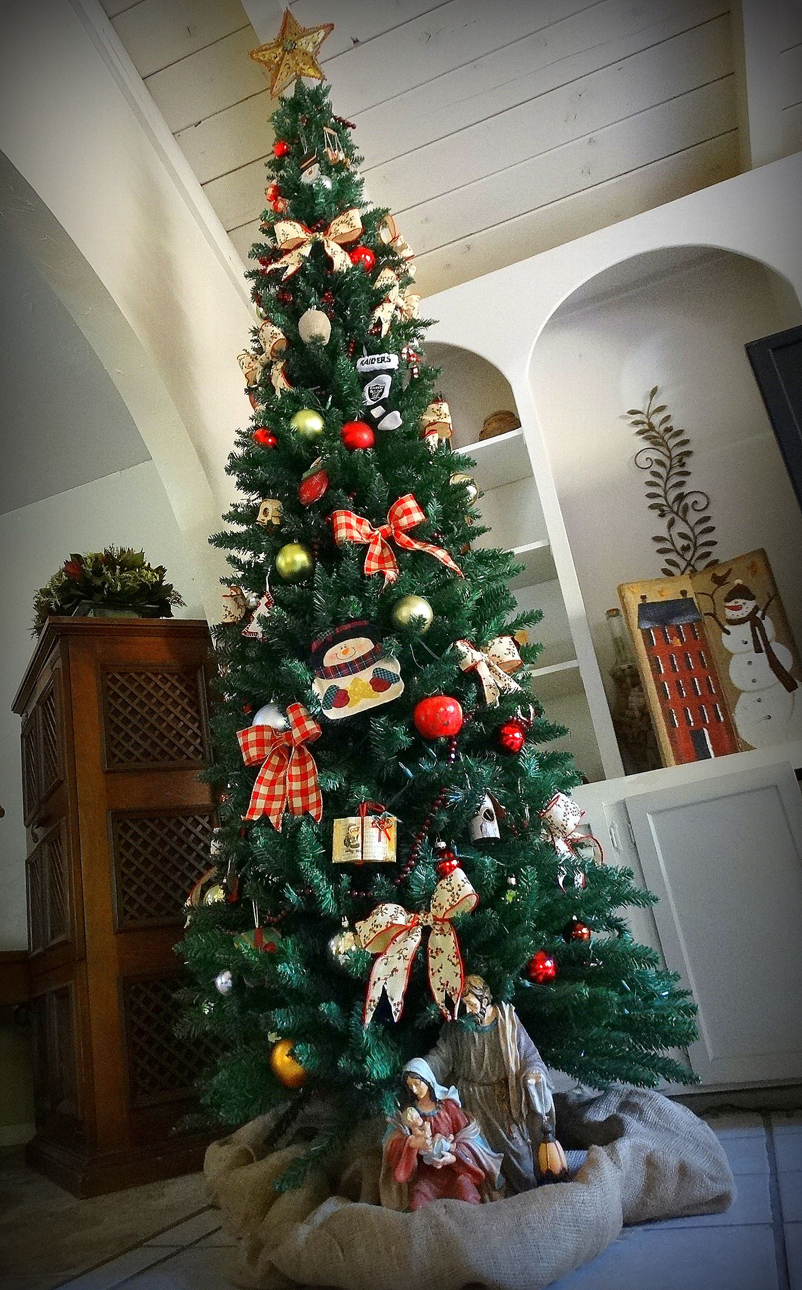 Oh Christmas Tree.. By Q
