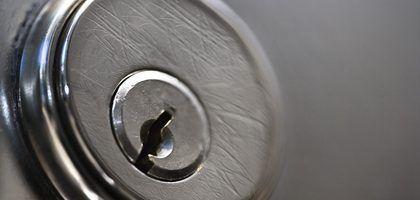 Cómo Sacar La Punta Rota De Una Llave De Una Cerradura Tipos De Cerraduras Cerraduras Sin Llave Cerraduras