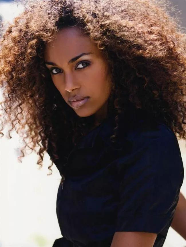 Hottest Black Models List Of Fashion Models Of African Descent Black Female Model African American Models Fashion Models