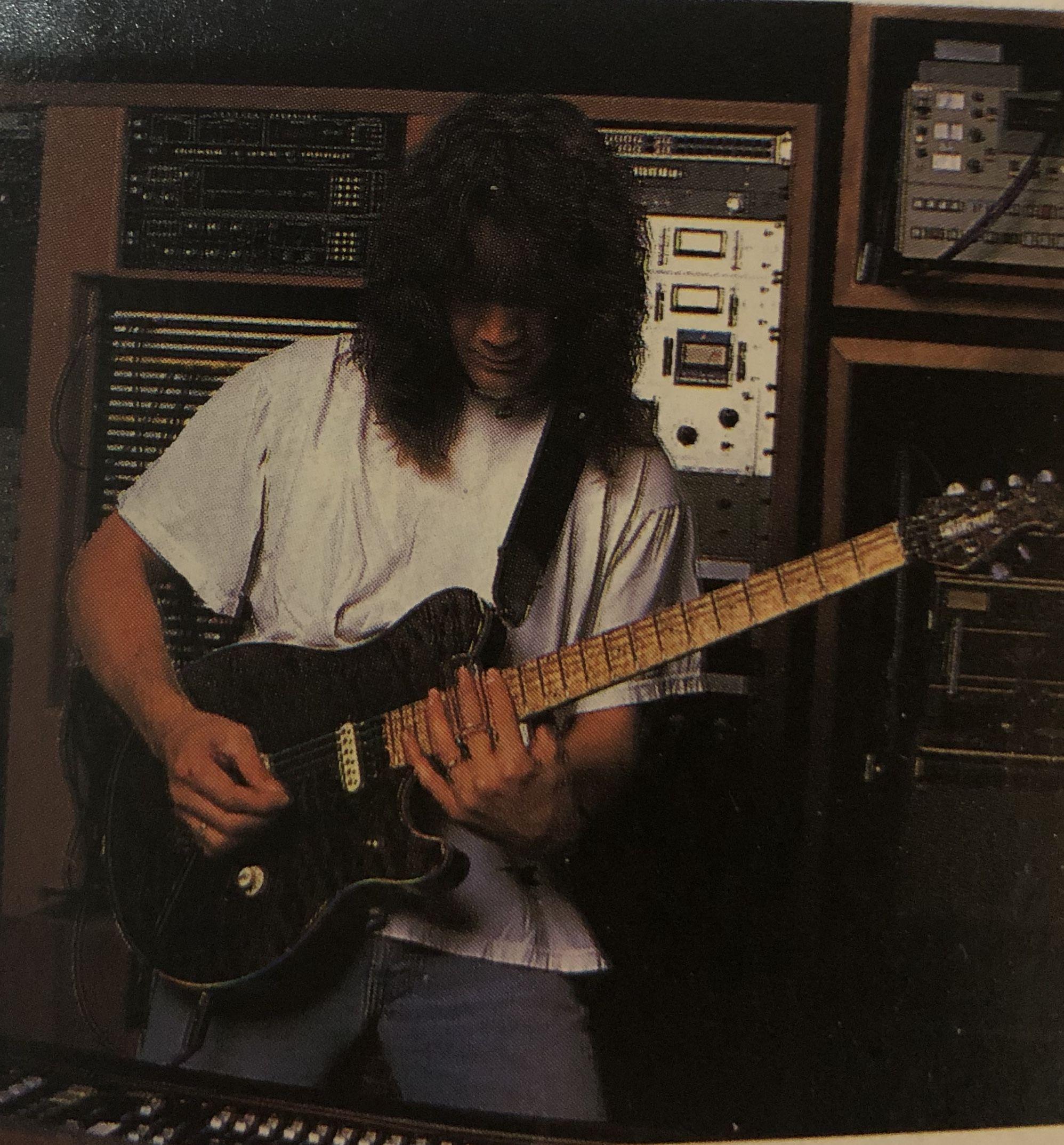 Pin By Guitarreallm On Eddie Van Halen Eddie Van Halen Van Halen Musician
