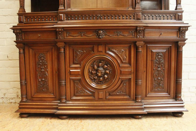 Exceptional monumental high quality renaissance cabinet in walnut - ANTIQUES & DECORATIVE