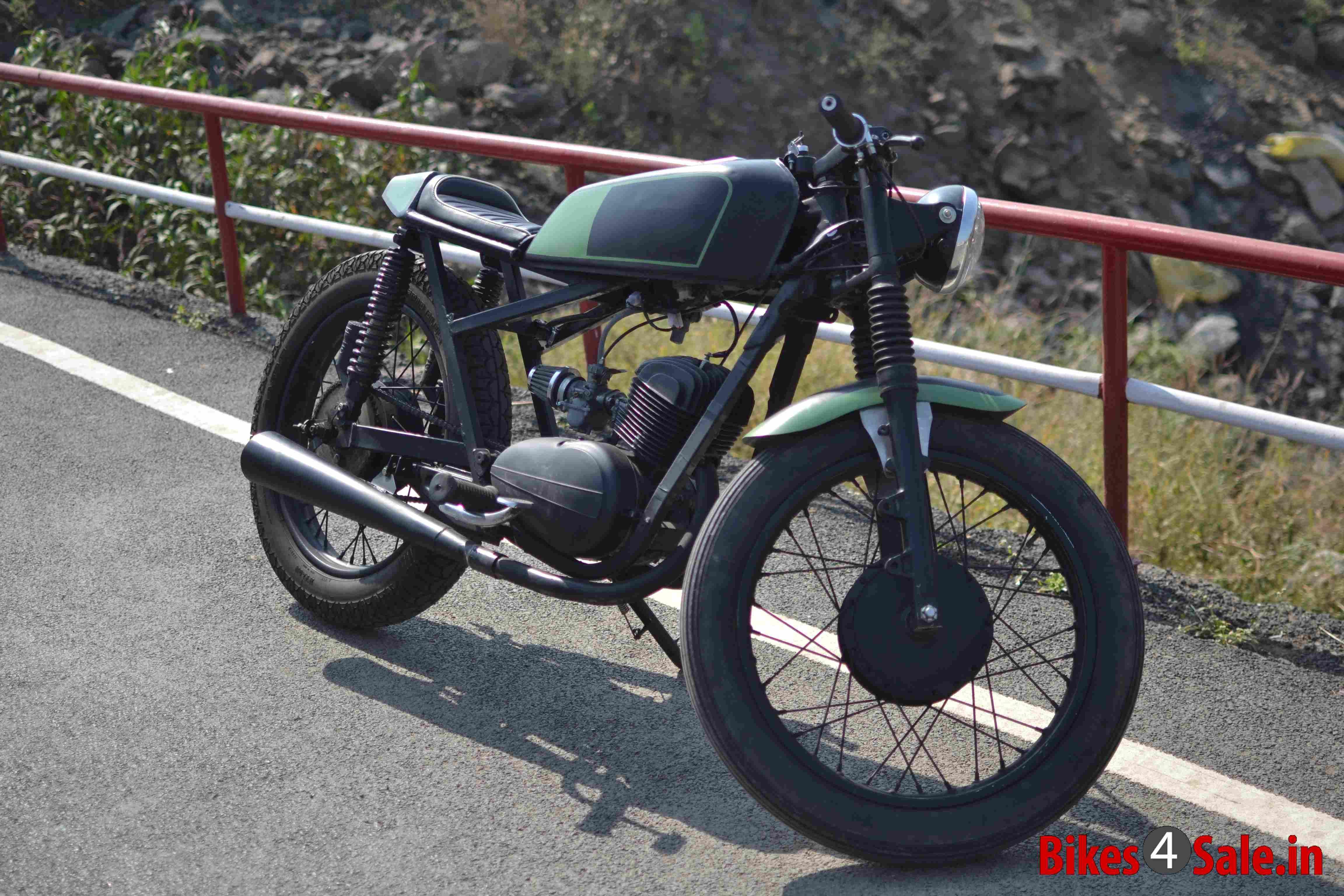 Custom Modified Rajdoot 175 cc Motorcycle. Bike, Cafe