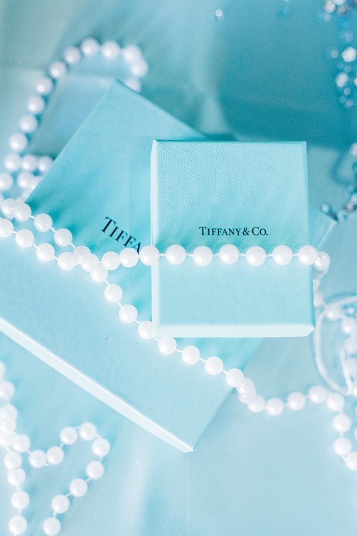 9896e3ce531d Gift boxes from a Tiffany   Co. Bridal Shower on Kara s Party Ideas