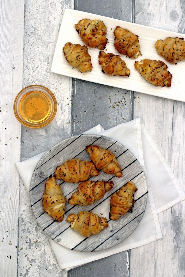 Croissants apéritifs au chèvre et miel - Amandine Cooking
