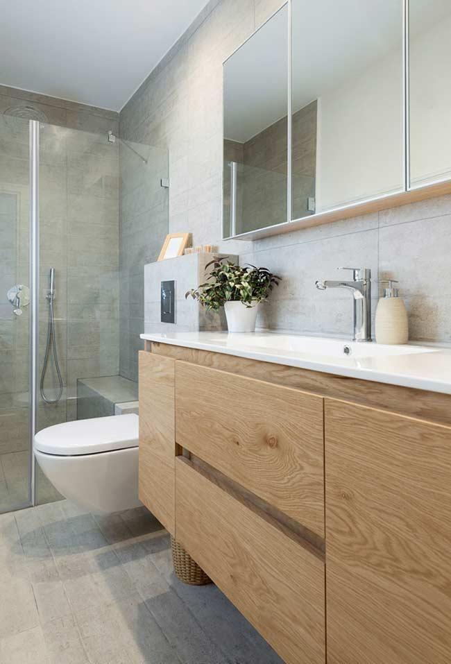 Badezimmerschrank Der Festes Holz Nachahmt In 2020 Moderne Badezimmer Schranke Badezimmer Klein Badezimmerwaschtisch