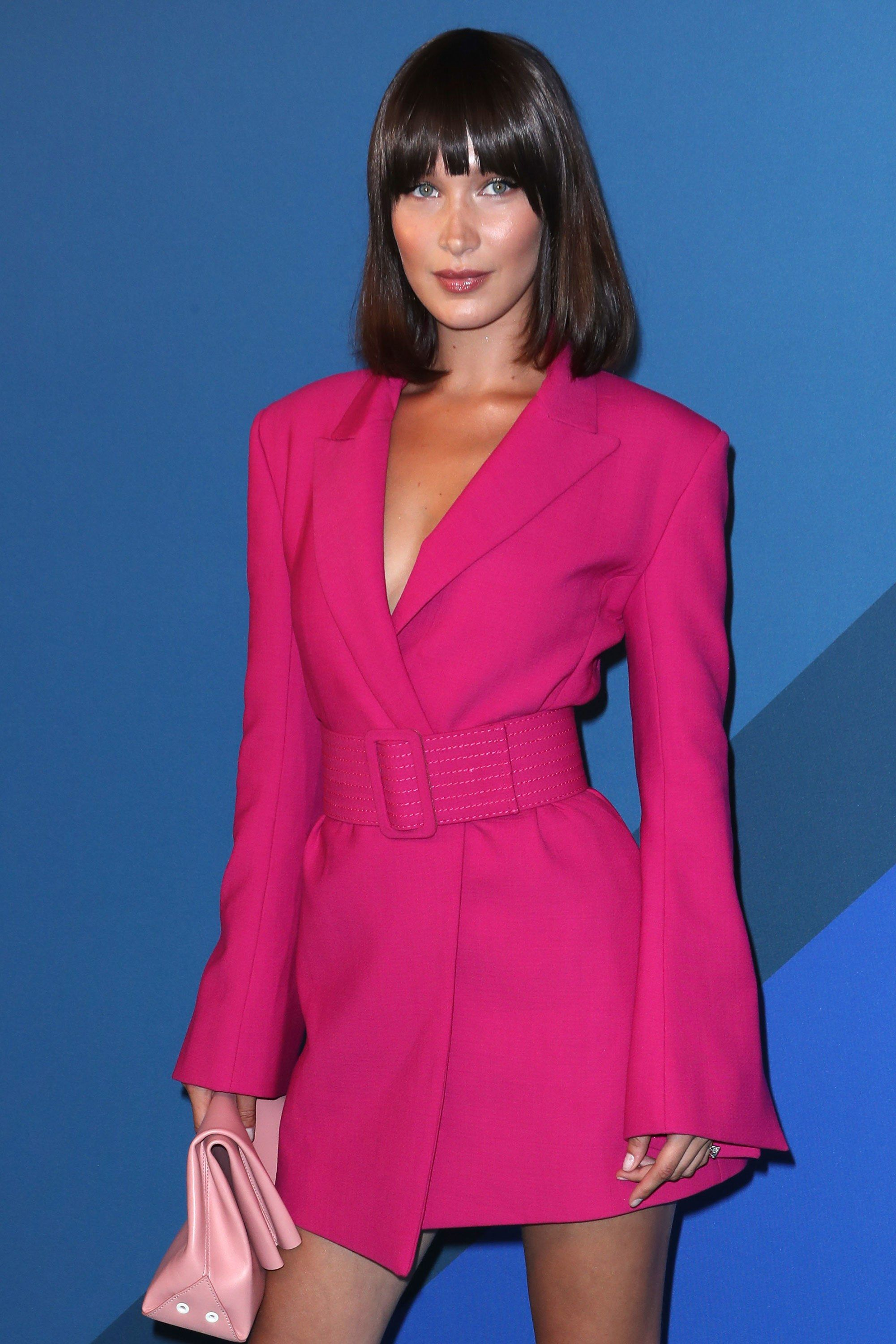 4ab7955505bd Bella Hadid Gives Her Bob a Bold Makeover at the CFDA Fashion Awards ...