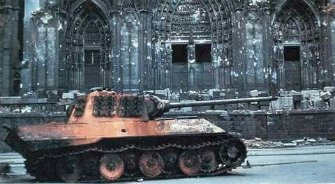 Probably the most famous Panther (G) of all time. Cologne 1944