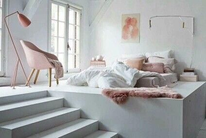 Betten, Haus Ideen, Schlafzimmer, Schlafzimmer Im Zwischengeschoss,  Schlafzimmer Einrichtungsideen, Schlafzimmer Ideen, Rosa Schlafzimmer  Dekor, ...
