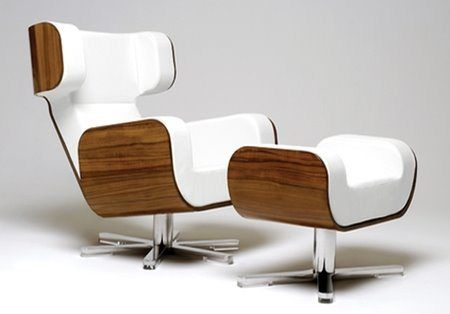 Zero-Gravity-Wing-Chair-cool