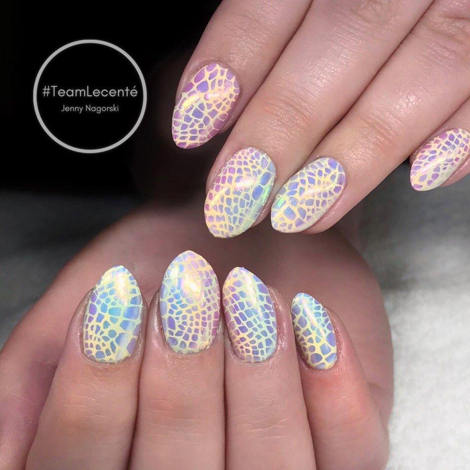Pearlescent Nail Art Powder | Snake skin nails, Chrome ...
