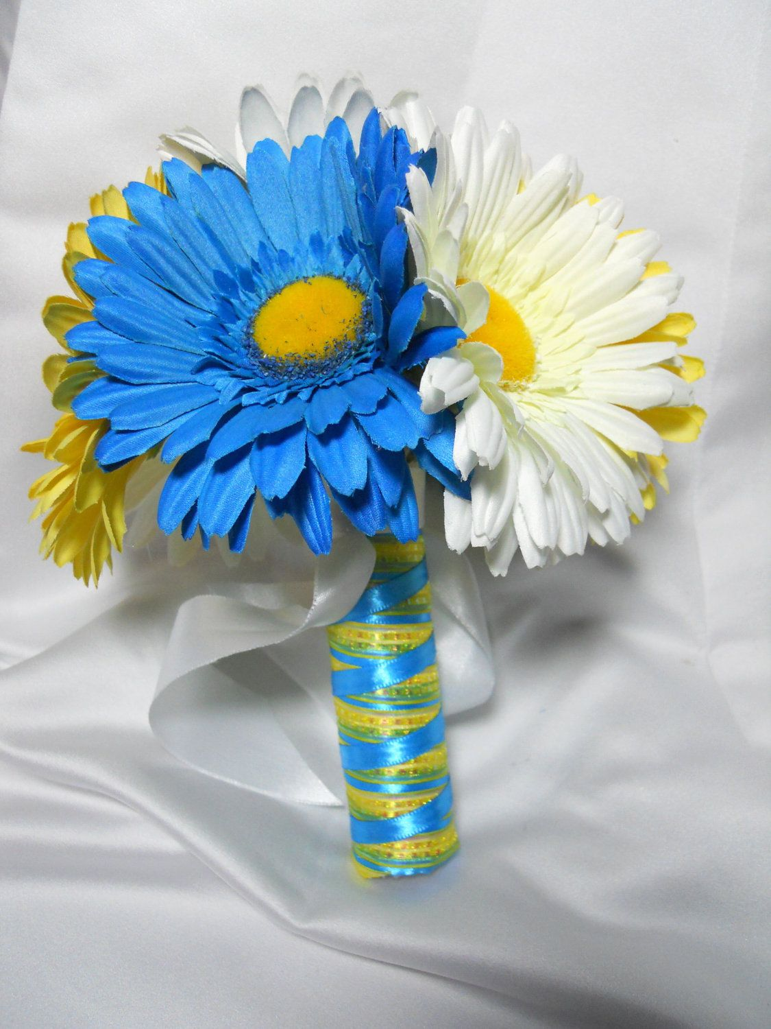 Yellow And Blue Wedding Flowers Google Search Wedding Wonders