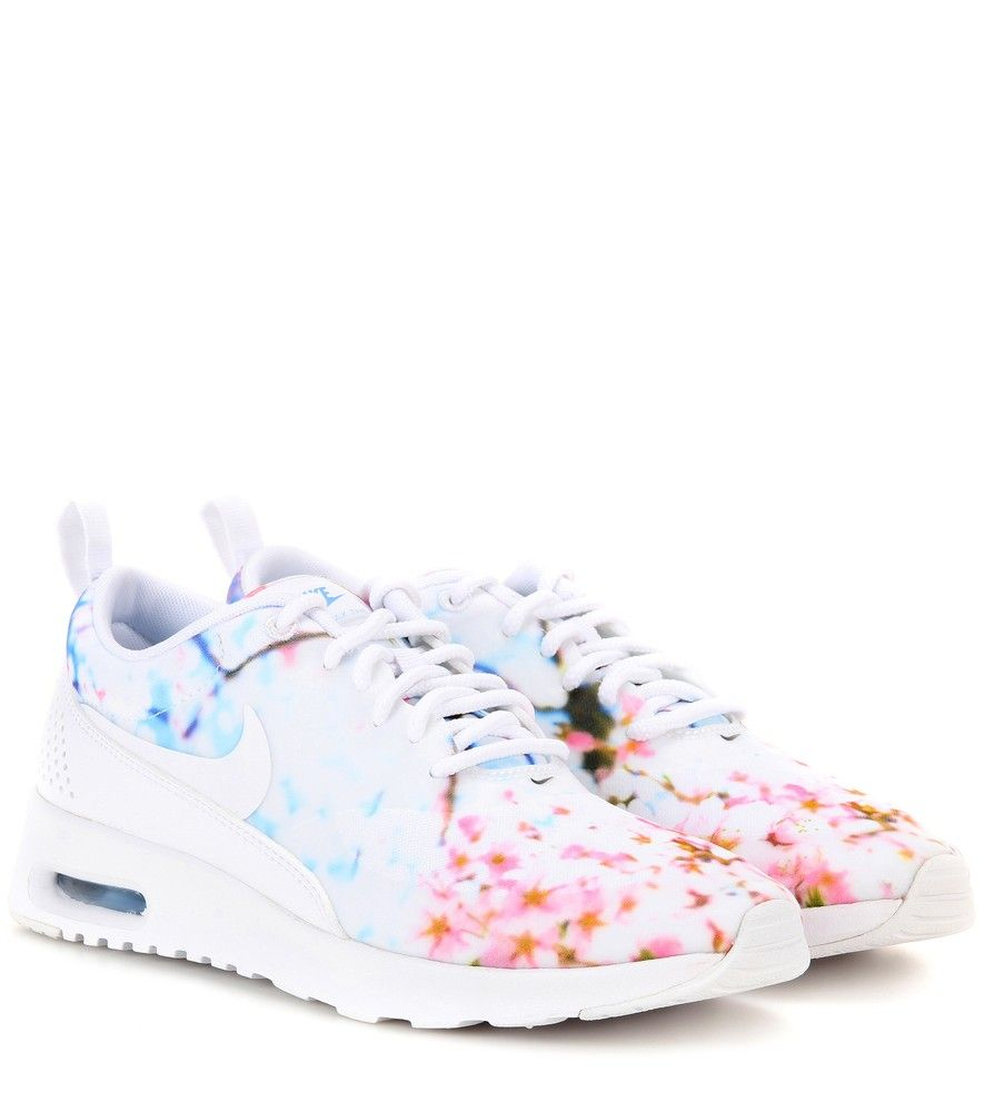 cheap for discount f2c85 9b7f4 Nike - Nike Air Max Thea printed sneakers - Infuse your sporty edit with a  spring