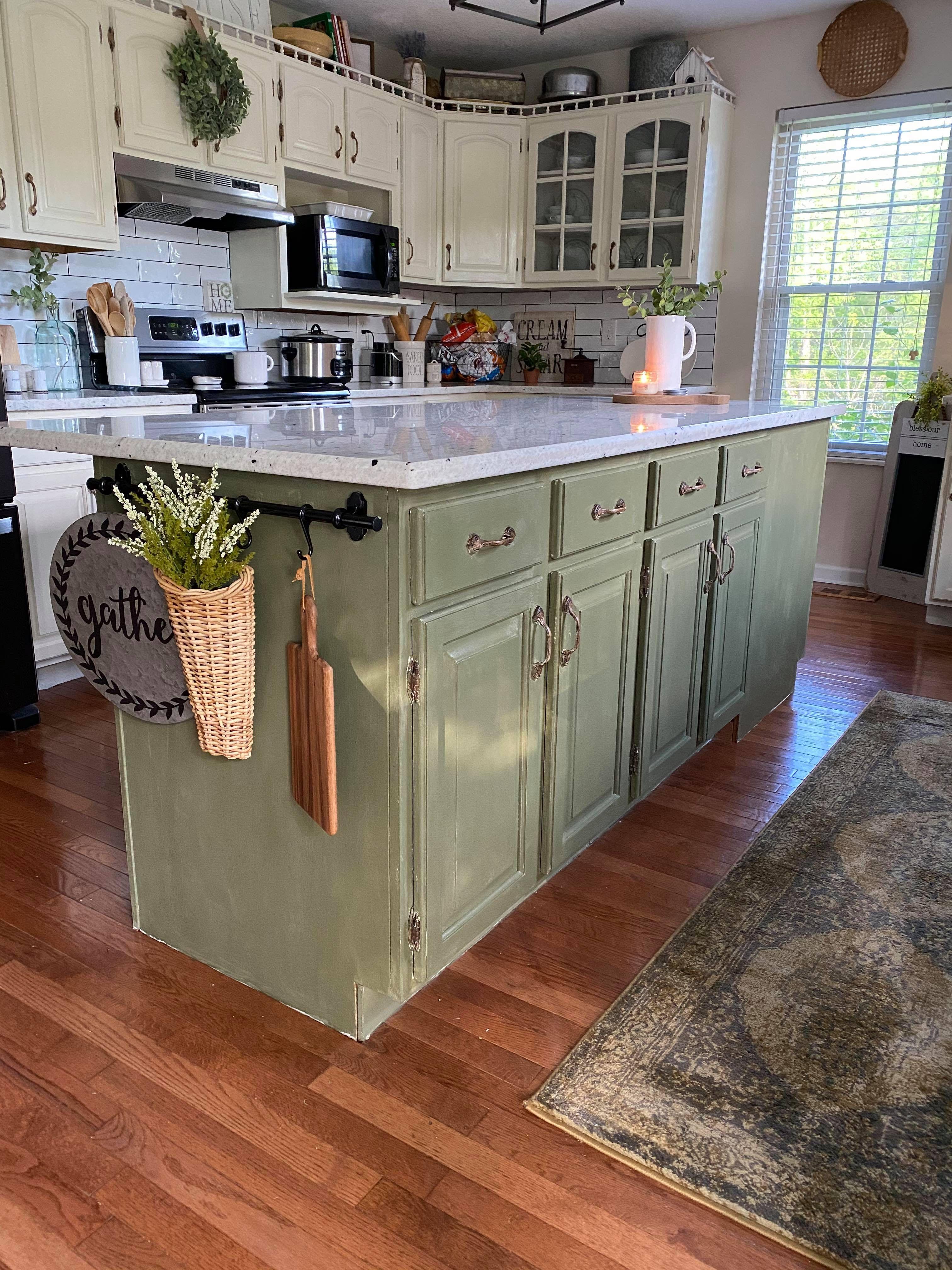 vintage farmhouse pitaya white granite in 2020 farmhouse chic kitchen kitchen design on farmhouse kitchen granite countertops id=21352