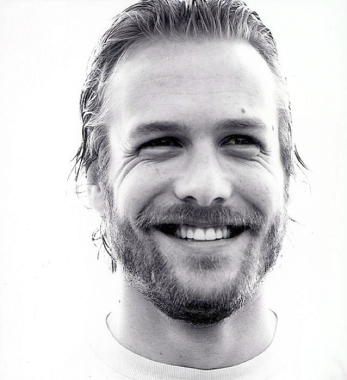 Gabriel Macht. Girls this beard thing is hilarious. I laughed so hard I almost peed when I read all the memes.