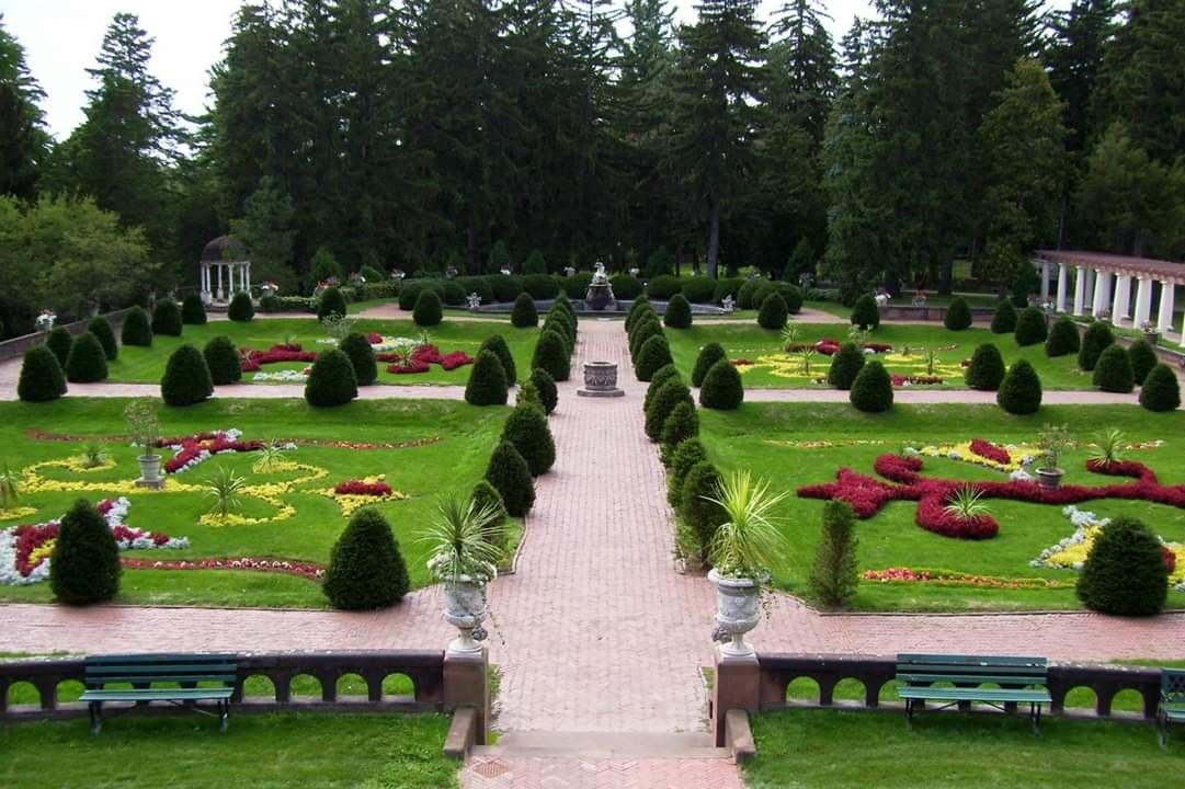 Sonnenberg Gardens and Mansion Most beautiful gardens