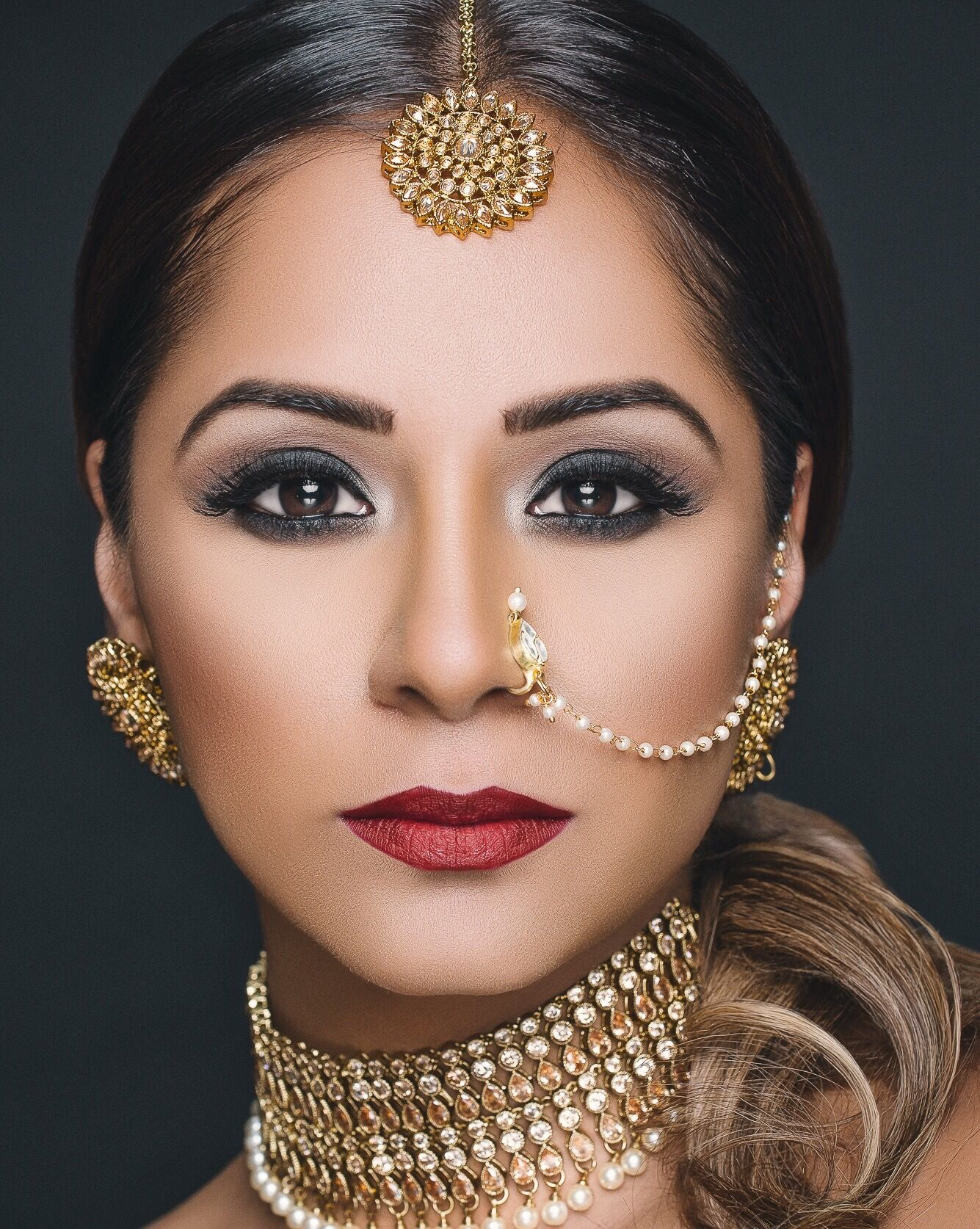 Indian bridal hair and makeup artist Indian bridal