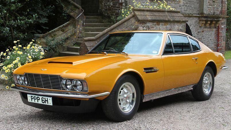 L'Aston Martin de Lord Brett Sinclair affole les enchères  – L'Aston Martin d…
