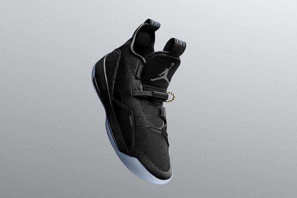 Air Jordan 33 Blackout Zobacz Oficjalne Zdjecia I Poznaj Szczegoly Premiery Air Jordans Jordans Sneakers