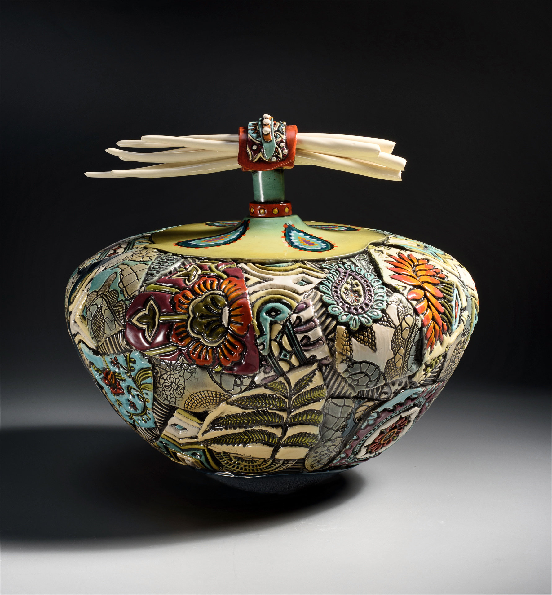 Extra Large Vessel With Porcelain Bones By Gail Markiewicz Ceramic Vessel Artful Home Ceramic Urn Ceramic Vessel Porcelain Jewelry