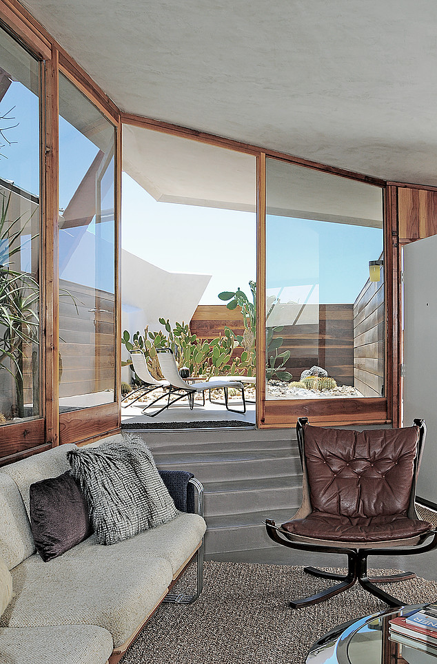 Escape to a john lautner micro resort in the californian desert dwell