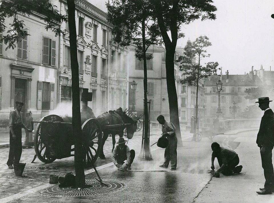 Road repairs ,Paris. 1910 By Seeberger Brothers