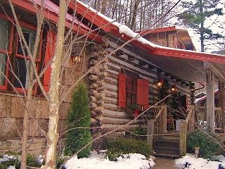 Nestled Inn - A Storybook Log Cabin, Hot-Tub, Creek, Waterfall Vacation Rental in Waynesville