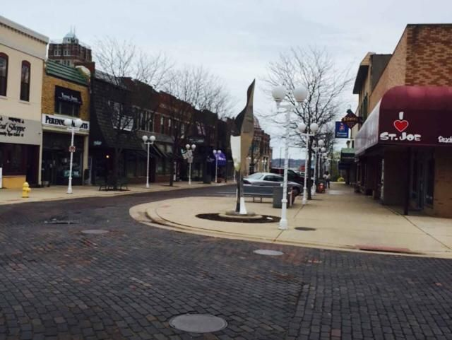 8 Must-Do Activities in St  Joseph, Michigan | Vacation