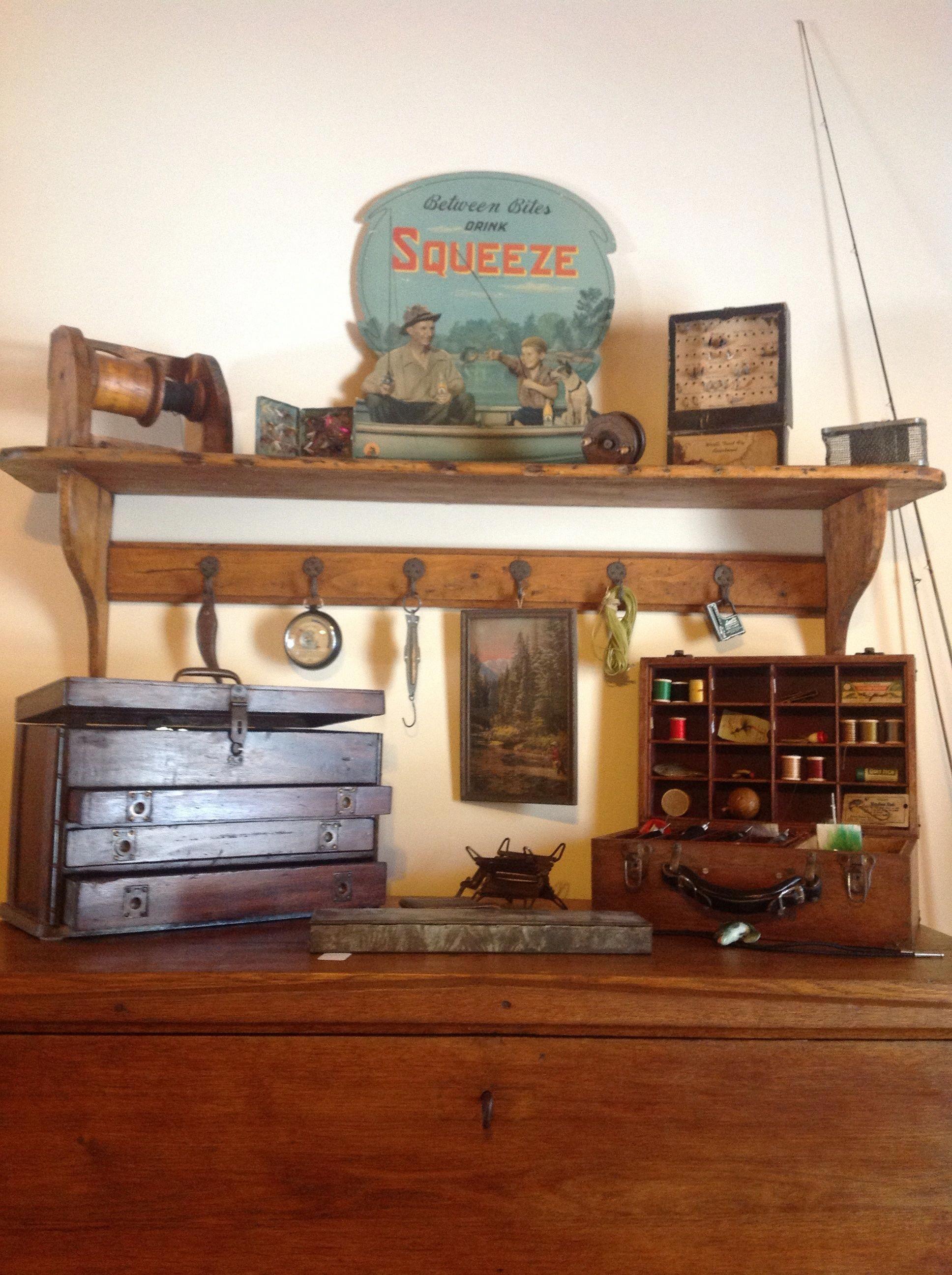Vintage fishing gear Vintage fishing decor, Fishing room
